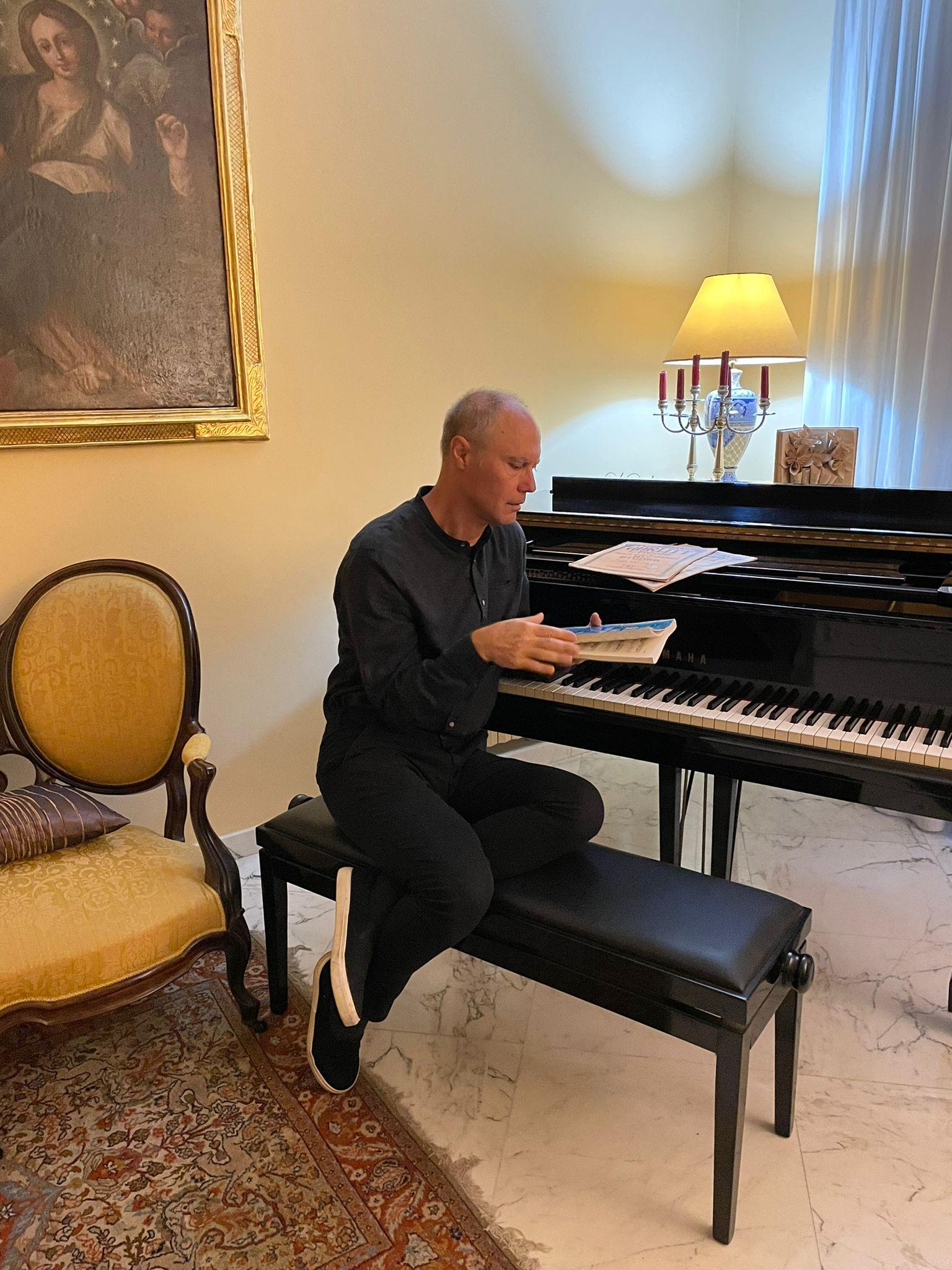 Maurizio Innocenti, pianoforte