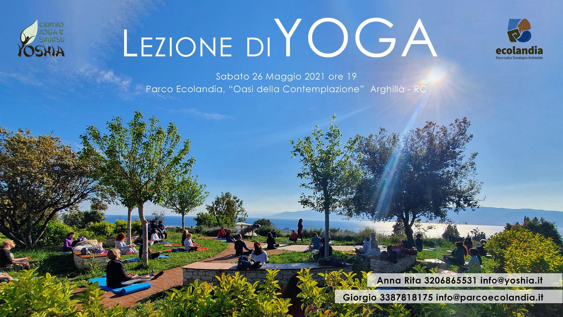 Lezione di Hatha Yoga al parco Ecolandia